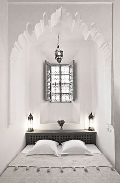 Moroccan bedroom nook found in Dar Hanane Hotel located in Marrakech ☮ FB: Pure House Ibiza: Like & Share ☮