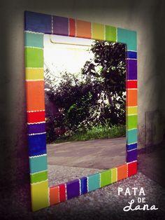Espejos Pintados - Varios - Casa - 515271 Mirror Mosaic, Mosaic Art, Mosaic Tiles, Hippie House, Idee Diy, Mosaic Projects, China Painting, Painted Pots, Creative Crafts