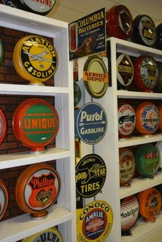 Gas Globes & Signs