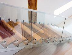 Escadas de vidro modernas