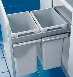 Система сортировки мусора на кухне