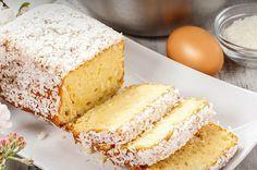 Receita de bolo de coco tem tanto sabor e textura quanto versões tradicionais, mas corta o glúten e a lactose