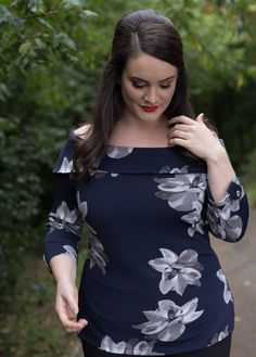 Plus Clothing, Fashion Company, Big And Beautiful, Plus Size Fashion, Curvy, Cold Shoulder Dress, Ruffle Blouse, Street Style, Street Fashion
