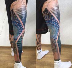 samoan tattoos for men Maori Tattoos, Maori Tattoo Designs, Bild Tattoos, Samoan Tattoo, Leg Tattoos, Body Art Tattoos, Tattoos For Guys, Tatoos, Knee Tattoo
