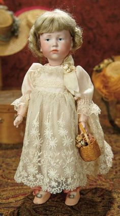 "The Memory of All That - Marquis Antique Doll Auction: 251 German Bisque Art Character, ""Marie"", by Kammer and Reinhardt Antique Dolls, Vintage Dolls, Porcelain Doll Costume, Porcelain Dolls Value, Fine Porcelain, Porcelain Jewelry, Doll Painting, Collector Dolls, Doll Face"