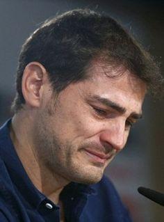 Iker Casillas breaks down in tears as he bids farewell to Real Madrid