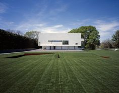 Rachofsky House / Richard Meier. Well if you cannot be Le Corbusier you can always pretend