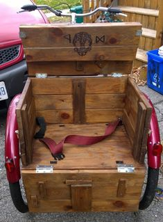 Adult Tricycle: Modified – Behind starburst eyes Bicycle Sidecar, Caravan, Velo Design, Velo Cargo, Adult Tricycle, Lowrider Bicycle, Custom Trikes, Cool Bike Accessories, Cool Bikes