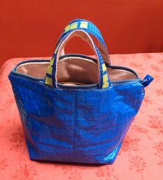 @IKEA : avant que ne disparaisse le #Frakta ... Mon sac à main absolument #Unik