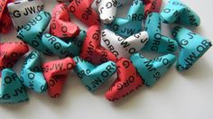 "100 origami heart ""jw.org"" - pick your color, your color your ""jw.org"" by Leesorigami on Etsy https://www.etsy.com/listing/203544673/100-origami-heart-jworg-pick-your-color"