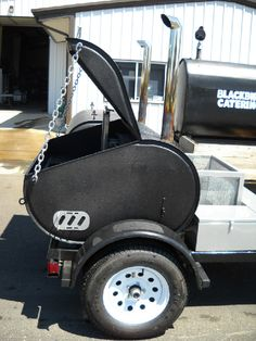 wood fired grill and smoker