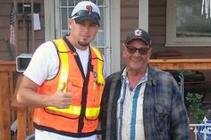 Bullock, right, with Josh Cyganic, who rallied the volunteers to action. (Credit: Union Pacific Railroad)