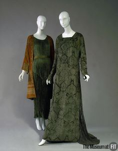 1928-1934, Italy - Evening dress by Mariano Fortuny (right) - Silk velvet, silk and glass beads