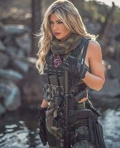 Guns, Hotrods, Girls and America Mädchen In Uniform, Photographie Indie, Military Women, Military Female, Military Girl, Female Soldier, Warrior Girl, Badass Women, Beauty Women