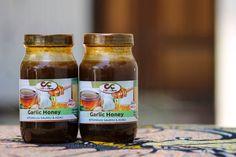 Asali iliyochanganywa na kitunguu saumu. Chapati, Salsa, Garlic, Beverages, Honey, Food, Essen, Salsa Music, Meals