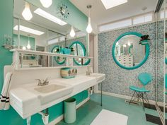 Swell Mid-Century Modern Atomic time capsule house Bathroom in Dallas, TX