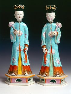 Pair of Porcelian Figures of Court Ladies, Qing Dynasty (1644-1911), dated to the early-18th Century.