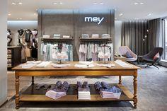 Mey lingerie store by Konrad Knoblauch, Constance – Germany Shop Interior Design, Retail Design, Exterior Design, Shop House Plans, Shop Plans, Design Blog, Food Design, Visual Merchandising, Bath And Beyond Coupon