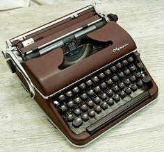 Working Vintage Olympia SM3 Deluxe Typewriter in by anodyneandink, $275.00