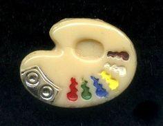 Uncommon Vintage Glass Realistic Button...ARTIST PALETTE