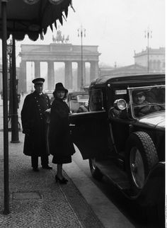 Pola Negri in front of Hotel Adlon, Berlin, 1937