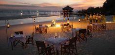 Unique Places to Eat - Romantic beach dinner - Fundu Lagoon, Pemba Island, Zanzibar, Tanzania Honeymoon Getaways, Honeymoon Destinations, Dream Vacations, Romantic Beach, Romantic Places, The Places Youll Go, Places To Go, Paradis Tropical, Beach Dinner