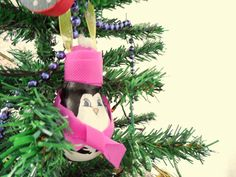 Light-bulb ornaments * DIY * | Craft, Art and Joy penguin