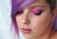 Neonově Růžové Kouřovky Makeup Tutorial