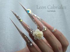 "Gefällt 645 Mal, 5 Kommentare - Leon Cabriales (@leon_cabriales) auf Instagram: ""New form Flex! Wedding luxury design  #nails #nail3d #nailss #nailpolish #nailswag #naildesign…"""