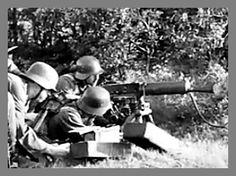 Hungarian Machine-gun Crew