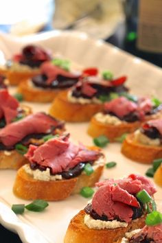 Roast Beef Crostini - A easy New Years Eve Appetizer