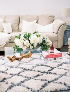 Lounge area: http://www.stylemepretty.com/living/2015/03/24/behind-the-scenes-with-hey-gorgeous-events/ | Photography: Bradley James - http://www.bradleyjamesphotography.com/