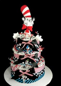Seuss diaper cake from mylittleangelco on Etsy.this is sooo the diaper cake I would have at my hypothetical baby shower, lol. Baby Shower Diapers, Baby Shower Cakes, Baby Shower Gifts, Baby Shower Centerpieces, Baby Shower Decorations, Dr Seuss Baby Shower, Cheap Clean Eating, Easter Cupcakes, Cake Trends