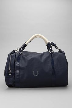 bolsos - bag - Fred Perry - complementos - moda www.yourbagyourlife.com Love Your Bag.