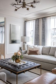 Rachel Madden revives a 100 year old apartment in San Francisco Rue Cozy Living Rooms, Living Room Modern, Home Living Room, Interior Design Living Room, Living Room Furniture, Living Room Designs, Living Room Decor Traditional, Living Room Decor Gold, Living Room With Windows