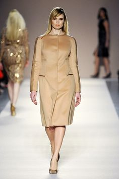 The problem is, if you're a plus size women, you need to be extra careful to choose the type of formal dress you will wear. Here's the following, plus size office wear collection from Elena Miro fall 2012. Maybe you can make it as an inspiration.