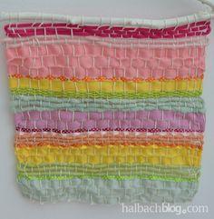 halbachblog: DIY gewebtes Wandbild aus Bändern I selber machen I Bänder I ribbons I weben I woven I Sommer I summer I bunt I colourful