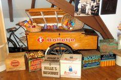 Bakkerijmuseum De Meelzolder  In deze traditionele bakkerswinkel uit 1837 liggen de wortels van de bekende beschuitbakker Bolletje.