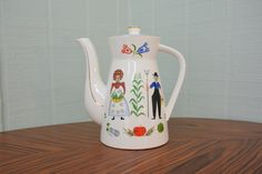 Mid Century Penn Dutch Tea Pot by PacificaPinch on Etsy, $16.95