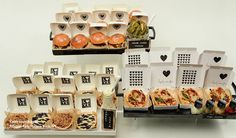 #packaging for any occasion Mini pies, burgers and pizzas PD