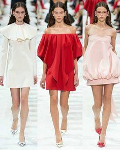 From the #ParisFashionWeek #Runway: #Valentino @maisonvalentino #beauty #style #chic #glam #haute #couture #design #luxury #lifestyle #prive #moda #instafashion #Instastyle #instabeauty #instaglam #fashionista #instalike #streetstyle #fashion #photo #ootd #model #blogger #photography #paris #pfw