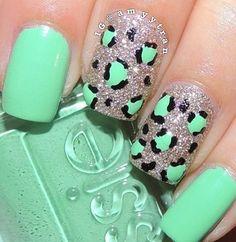 Cool cheetah/glitter/teal nail design!