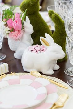 Easter Tablescape Inspiration & Styling Tips I saw this white bunny candy dish at Target. He looks adorable here in an Easter tablescape on Pizzazzerie. I think he would make a cute little planter too. Easter Table Settings, Easter Table Decorations, Easter Centerpiece, Diy Osterschmuck, Diy Ostern, Easter Crafts For Kids, Easter Ideas, Easter Art, Easter Eggs