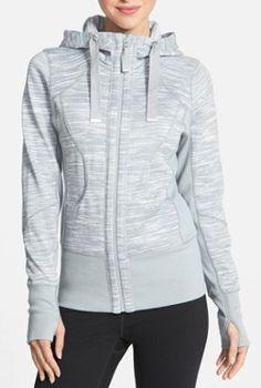 comfy grey hoodie  http://rstyle.me/n/mnxdipdpe