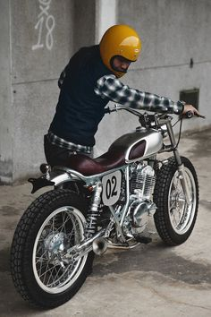 BUBBLE VISOR: Rocket Garage - 2 Loud Custom Shop - Suzuki Grass Tracker 250