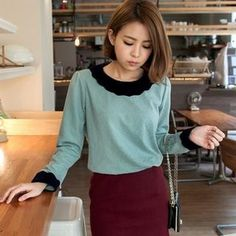 Buy 'OrangeBear – Long-Sleeve Scalloped Contrast-Trim Top' with Free Shipping at YesStyle.ca. Browse and shop for thousands of Asian fashion items from Taiwan and more!
