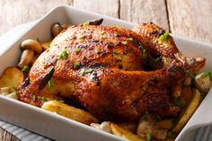 Alex Guarnaschelli's Whole Turkey With Pepperoni and Mozzarella Dressing and Gravy: This protein-packed turkey recipe is sure to satisfy your inner carnivore this holiday season. Carne Adobada, Pollo Guisado, Turkey Pepperoni, Whole Turkey, Leftover Turkey Recipes, Herb Roasted Chicken, Chicken Soup, Lemon Herb, Cooking Turkey