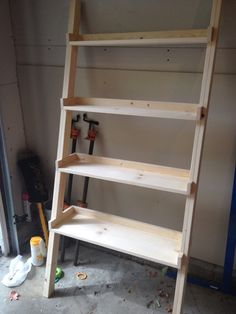 ladder shelf with DIY plans. Yay this is the one I've wanted!