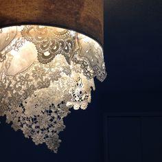 DIY Doily Ceiling Lighting | Regular lamp shade. Girl's bedroom.