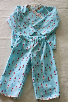 Oliver + S Bedtime Story Pajamas by rachel stitched together, via Flickr